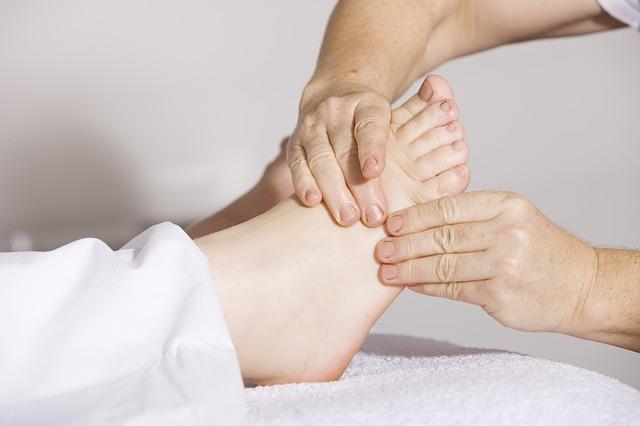 masáž nohou.jpg