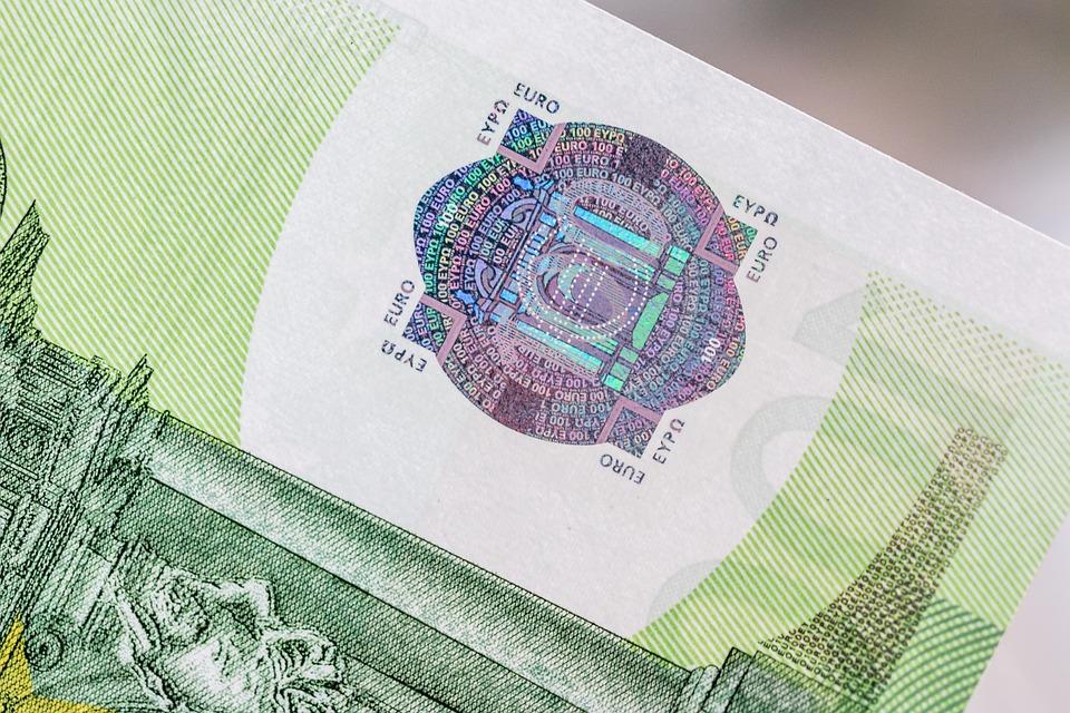 výřez bankovky